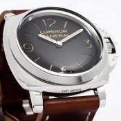 Photos of the new Panerai PAM372 Luminor 1950